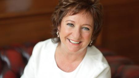 Women in business group honours achievement of SCC chief executive Liz Cameron